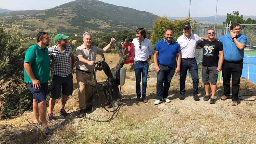 El director general de Medio Ambiente visita la zona, acompañado del comisionado para la Revitalización de los Municipios Rurales