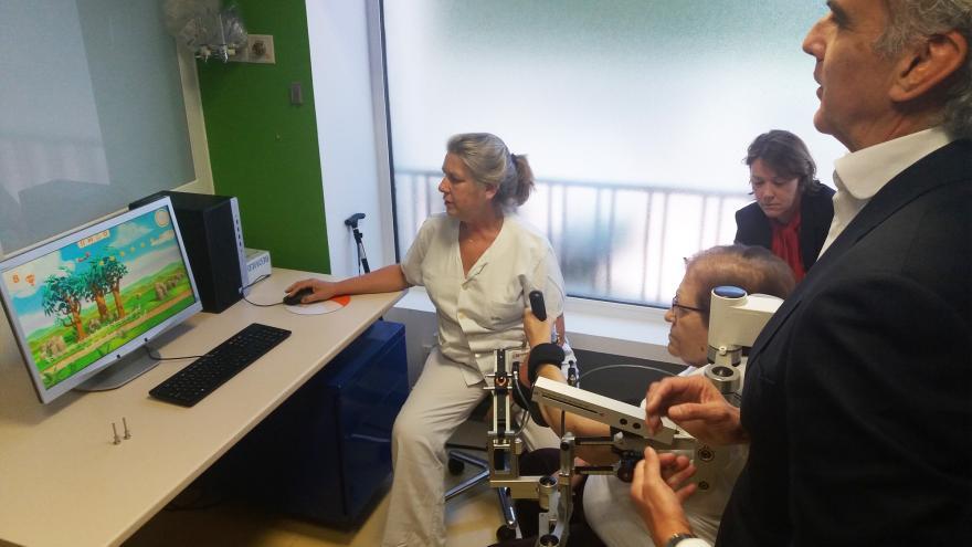 El consejero de Sanidad de la Comunidad de Madrid, Enrique Ruiz Escudero,en el Hospital Guadarrama