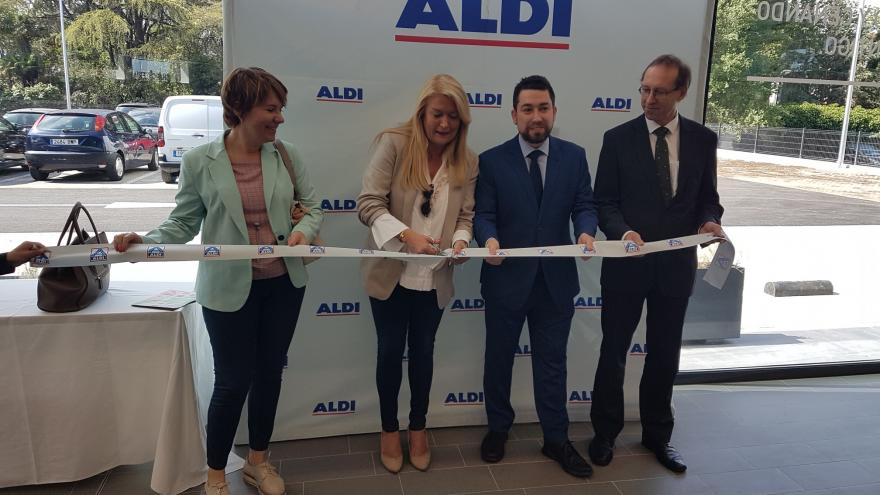 María José Pérez-Cejuela durante su visita a la inauguración del nuevo supermercado de ALDI en el distrito de Moncloa - Aravaca en Madrid