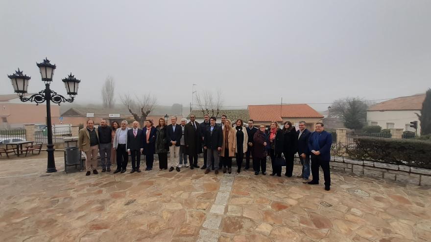 El consejero de Vivienda se ha reunido con los alcaldes de la zona