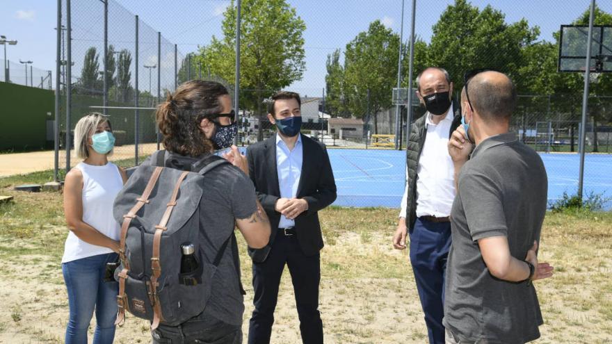 La Comunidad de Madrid impulsa proyectos de formación y ocio para jóvenes en Sevilla la Nueva.