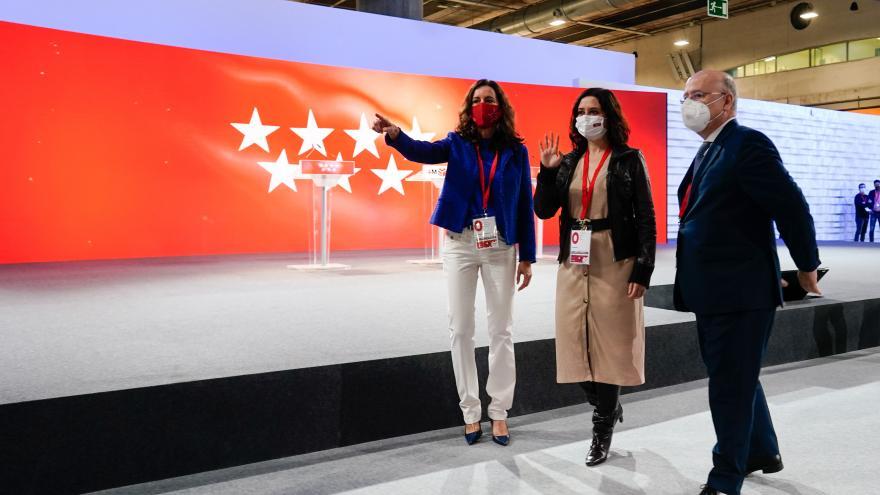 Isabel Díaz Ayuso visita el Centro de Datos en IFEMA