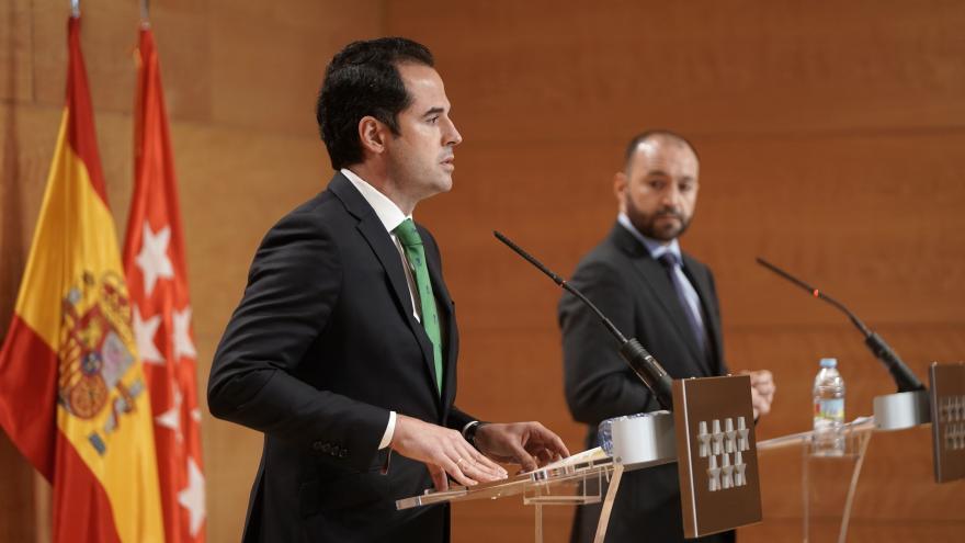 Ignacio Aguado y Manuel Giménez, en rueda de prensa posterior al Consejo de Gobierno