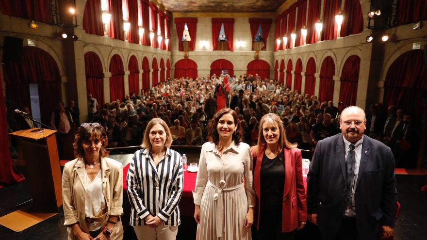 Imagen de Díaz Ayuso en la inauguración de la II Jornada de Ensayo Histórico: La Leyenda Negra, celebrada en San Lorenzo de El Escorial