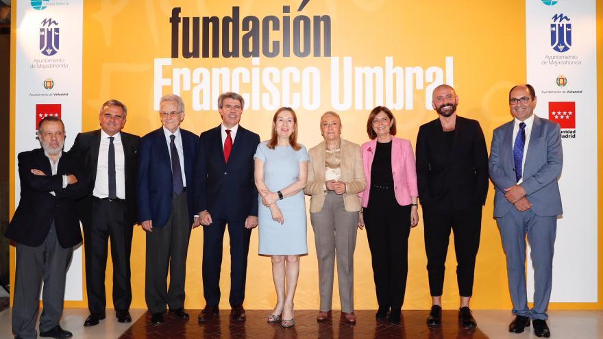 Ángel Garrido participa en la entrega del Premio Francisco Umbral al Libro del Año 2017