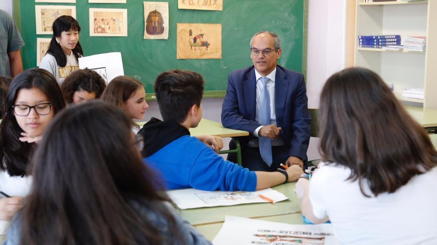 Rafael van Grieken en el Instituto Ángel Corella de Colmenar Viejo