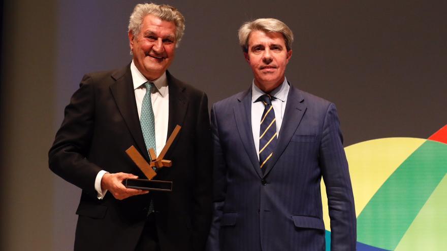 El presidente de la Comunidad, Ángel Garrido, preside la entrega de galardones del Colegio de Ingenieros de Caminos, Canales y Puertos de Madrid