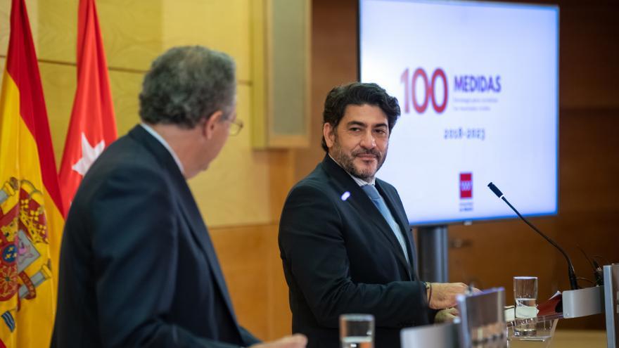 David Perez y Enrique Ossorio durante la rueda de prensa.