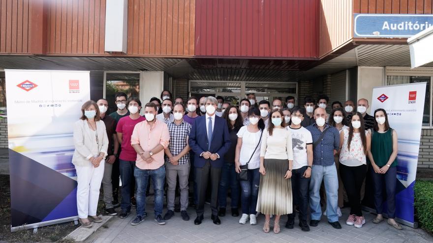 Ángel Garrido dando la bienvenida a los nuevos trabajadores de Metro de Madrid