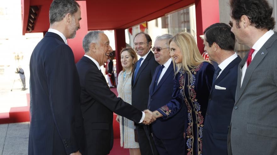 Cristina Cifuentes asiste a la recepción oficial del presidente de Portugal