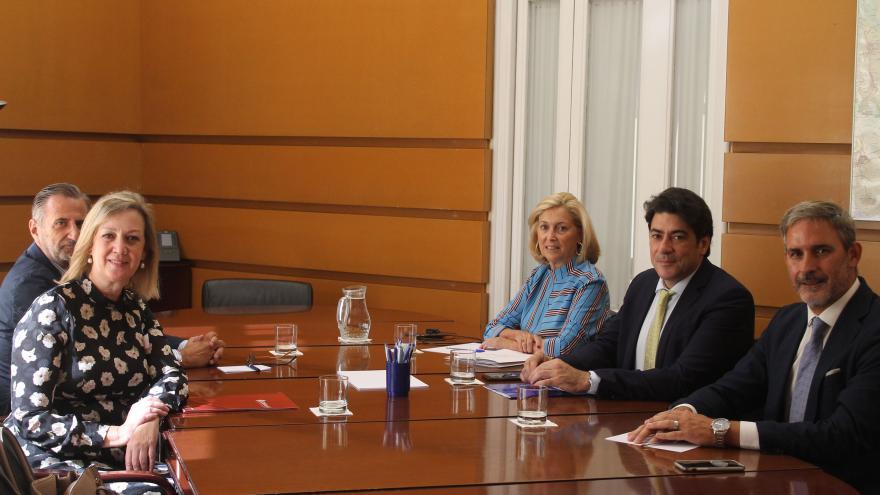 Imagen de David Perez reunido con la presidenta del Colegio de Administradores de Fincas
