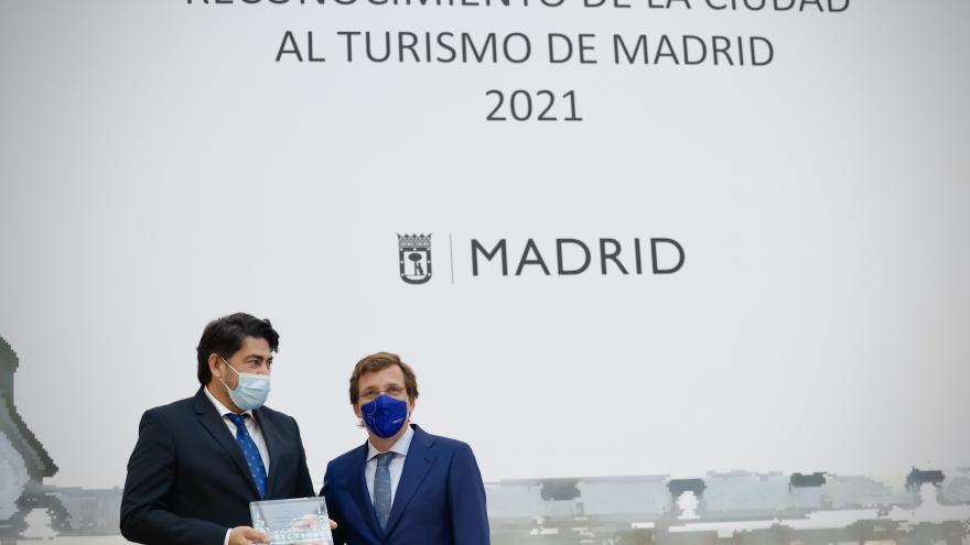El consejero junto al alcalde de Madrid