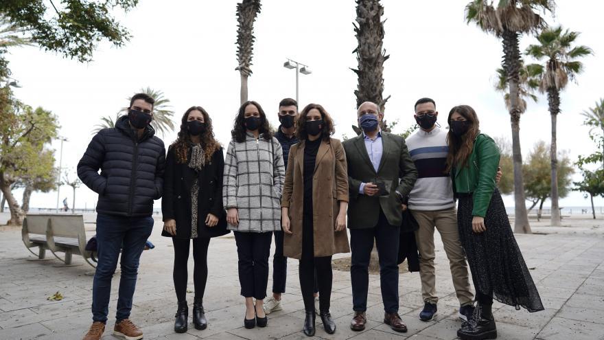 Díaz Ayuso se reúne en Barcelona con Sha Acabat