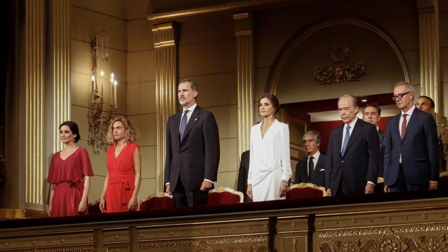 Imagen de Díaz Ayuso en la inauguración de la temporada del Teatro Real presidida por los Reyes