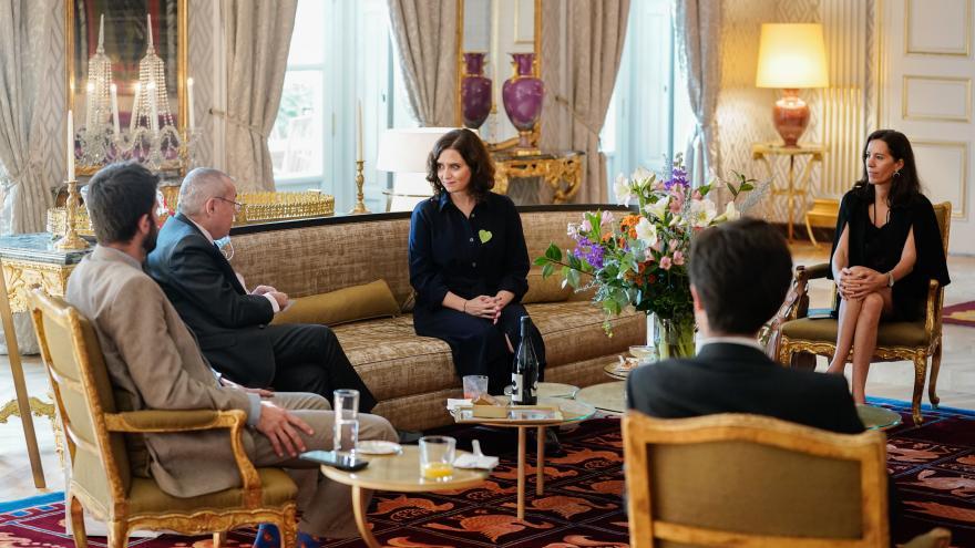 Díaz Ayuso se reúne con el embajador de Francia