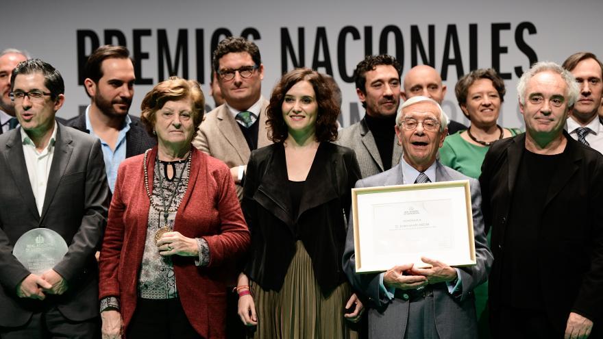 Isabel Díaz Ayuso asiste a la entrega los Premios Nacionales de la Real Academia de Gastronomía