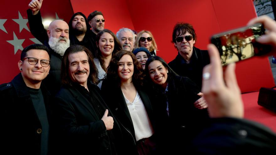 Díaz Ayuso presenta Madrid es Navidad, trabajo artístico de músicos de la Puerta del Sol producido por Tam Tam Go