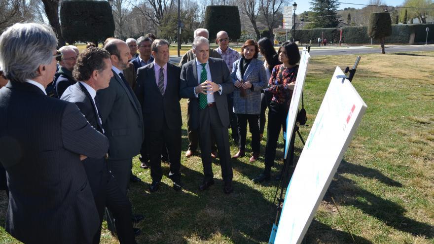 El vicepresidente de la Comunidad de Madrid, consejero de Presidencia y portavoz del Ejecutivo regional, Pedro Rollán, ha presentado hoy esta iniciativa junto al alcalde del municipio, Luis Partida.