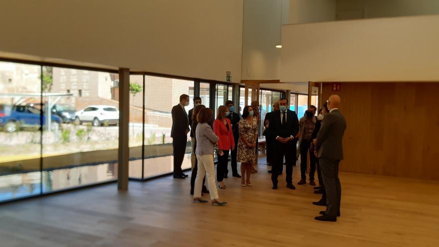 Enrique López durante su visita a una nueva infraestructura judicial en Alcalá de Henares