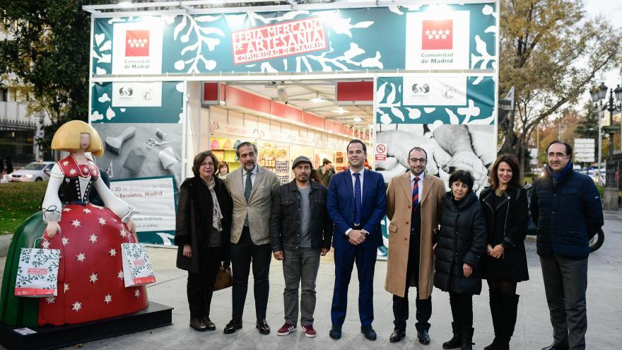 Ignacio Aguado durante la inauguración de la Feria Mercado de Artesanía