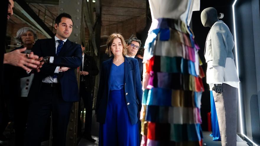 Ignacio Aguado y Marta Rivera durante la presentación de una exposición dedicada a David Delfín