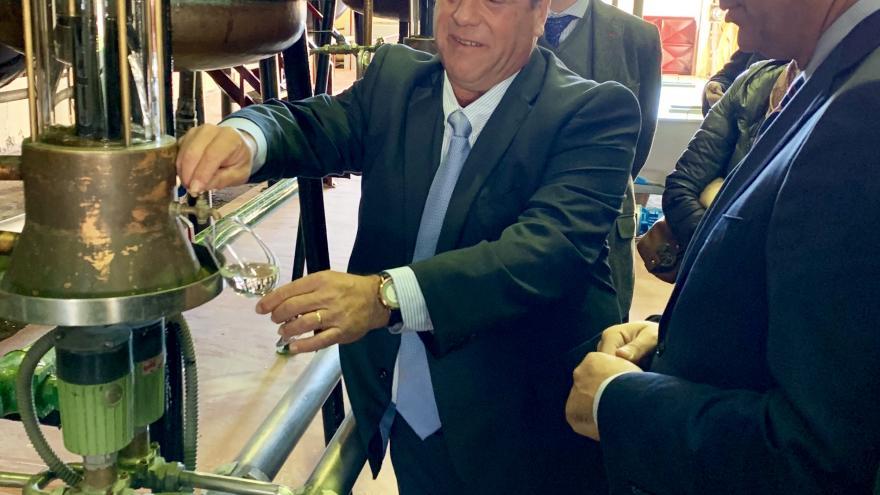 Carlos Izquierdo durante la visita