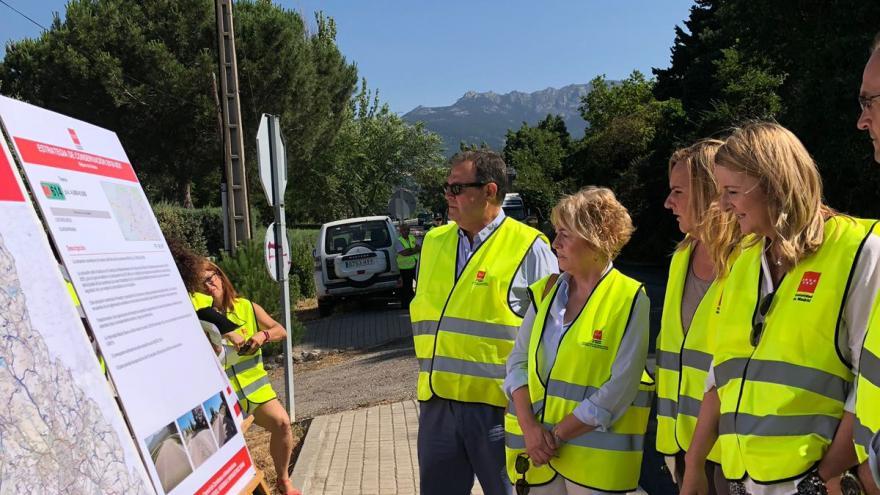 La consejera de Transportes, Vivienda e Infraestructuras, Rosalía Gonzalo durante la visita