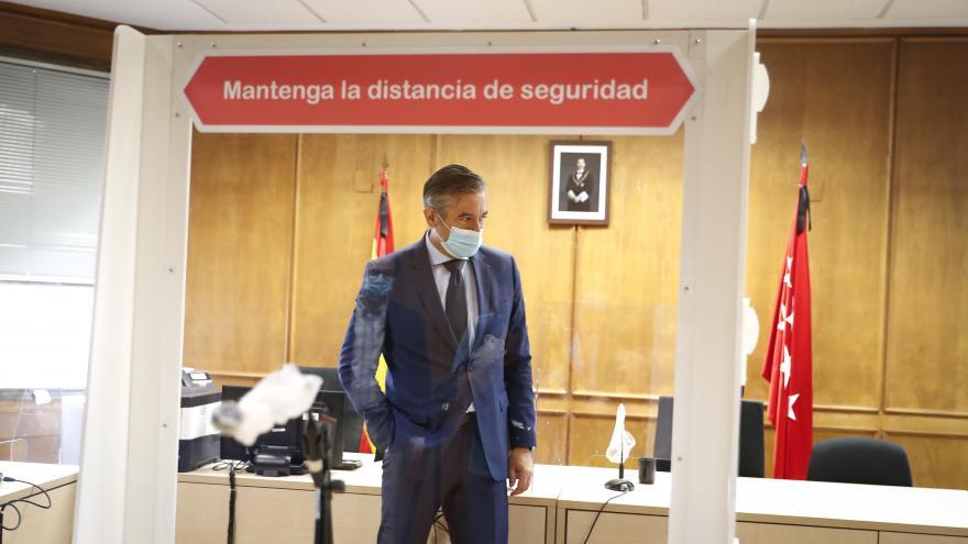 López visitando los Juzgados de Plaza Castilla