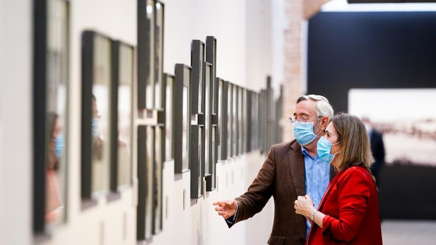 Marta Rivera durante la presentación de Galdós en el laberinto de España