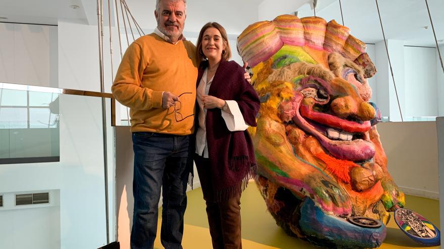 Marta Rivera durante su visita a la exposición 'Humor absurdo una constelación del disparate en España'