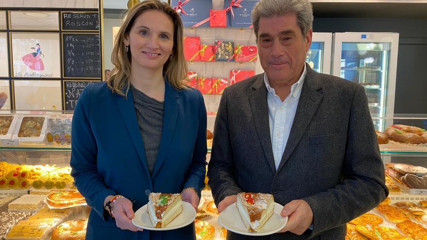 Paloma Martín durante su visita a la nueva tienda de la pastelería La Mallorquina