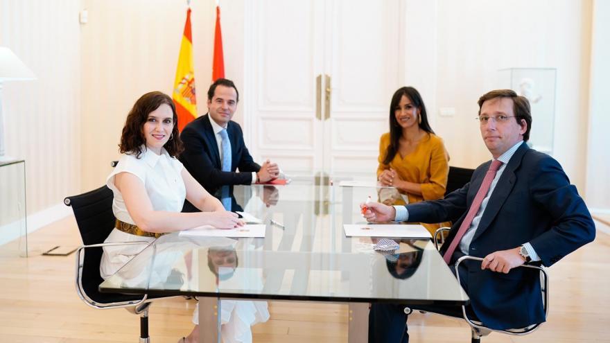 Encuentro entre la Comunidad de Madrid y el Ayuntamiento de Madrid en la Real Casa de Correos