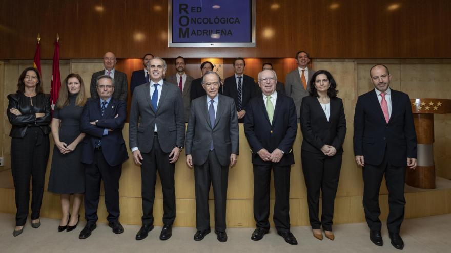 Foto de familia Ruiz Escudero con la Fundación Ortega y Gasset