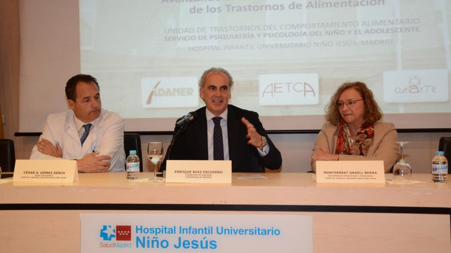 Enrique Ruiz Escudero en la XX Jornada de Avances en Trastornos de Alimentación