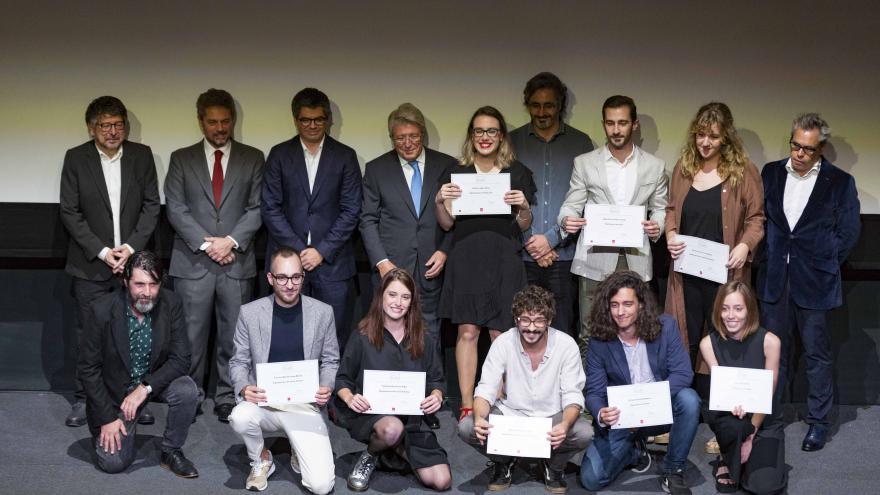 Imagen de la graduación de los alumnos de la Escuela de Cinematografía de la Comunidad