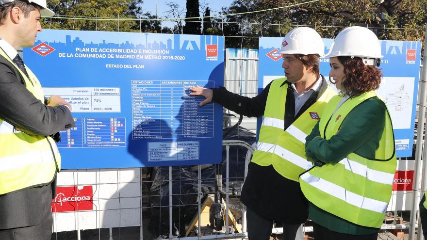 Díaz Ayuso anuncia la bajada del precio del transporte público para los mayores de 65 años
