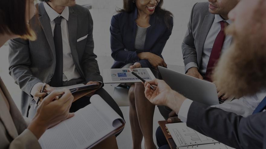 ejecutivos en reunion