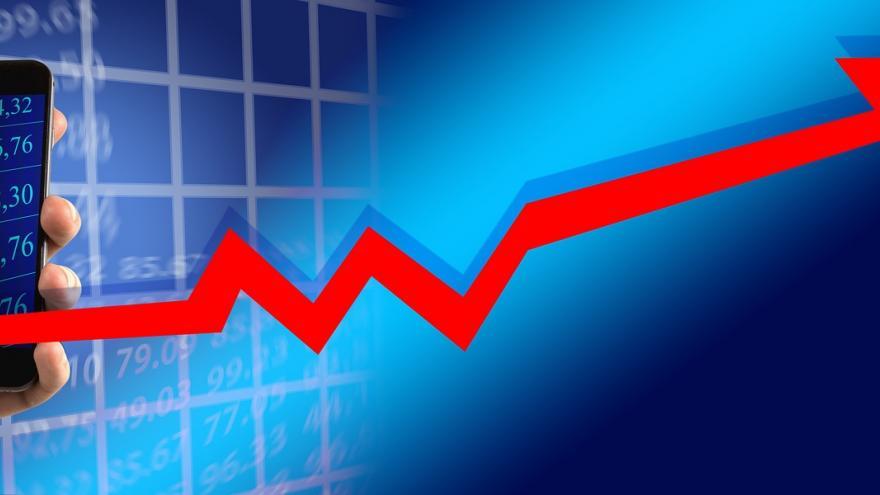 Ratings and Debt Data