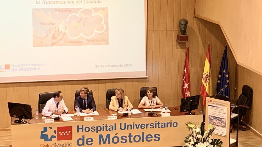 Durante la inauguración de las jornadas, en el salón del actos del Hospital Universitario de Móstoles