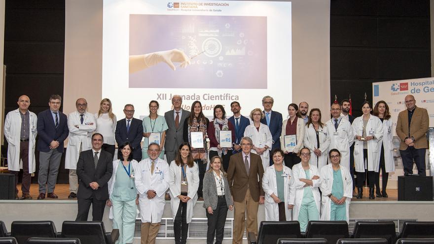 Premiados y autoridades XII Jornada Científica Hospital de Getafe