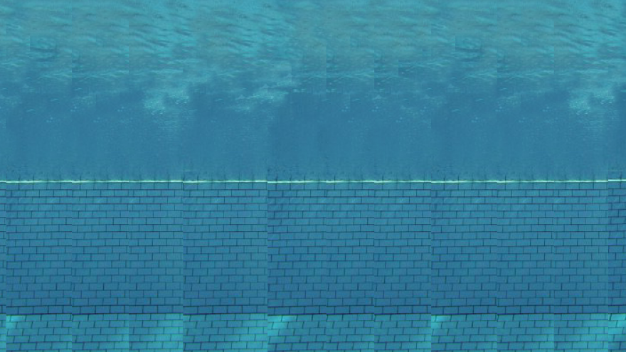 imagen de persona zambulléndose en una piscina