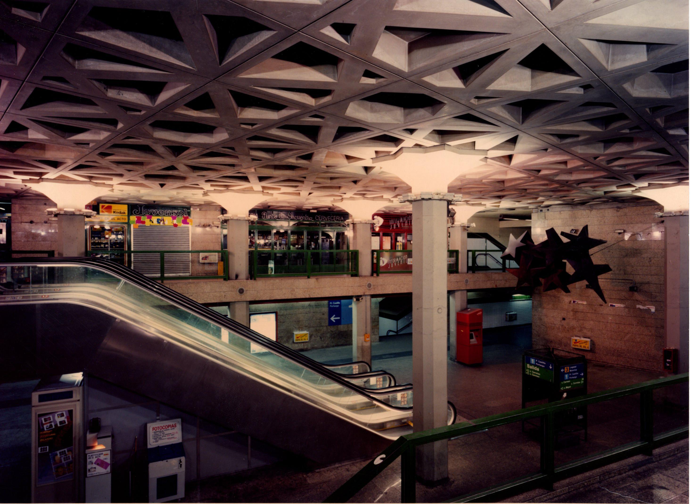 Vestíbulo estación Sol después de las obras
