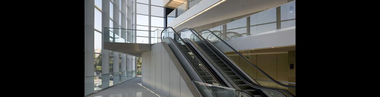 Escaleras mecánicas en Teatros del Canal