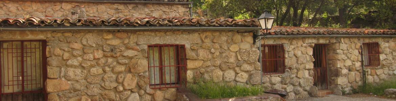Fachada refugio juvenil Soto del Real