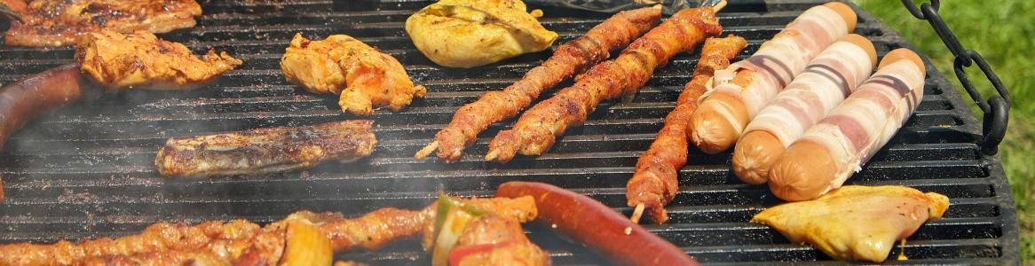 Barbacoa con varias carnes