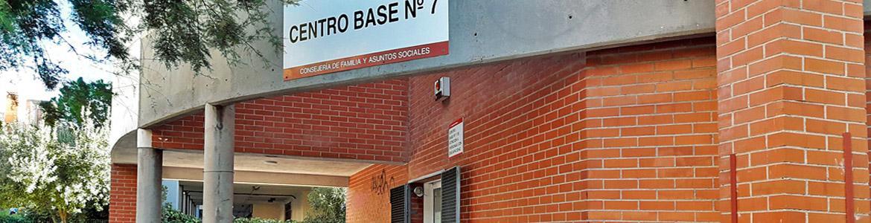 Fachada del Centro Base Nº 7 de la Comunidad de Madrid