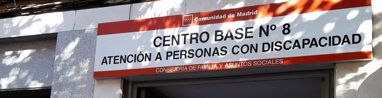 Cartel de la entrada del Centro Base Nº 8 de la Comunidad de Madrid