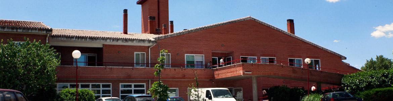 Fachada de la Residencia y Centro Ocupacional Granja San José - Fundación Gil Gayarre