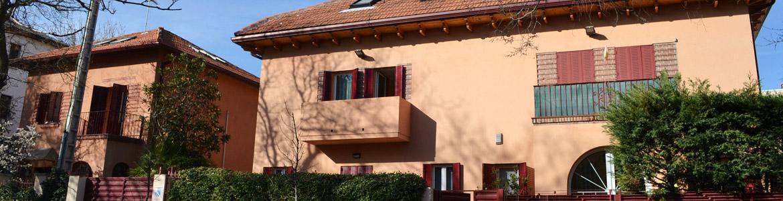 Fachada del Centro Residencial Casa Santa Teresa
