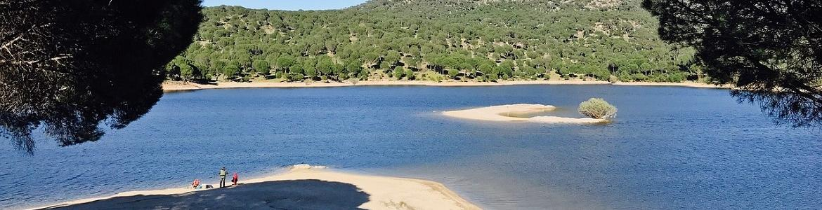 Playa Virgen de la Nueva en el embalse de San Juan